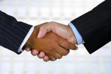 handshake_96826957